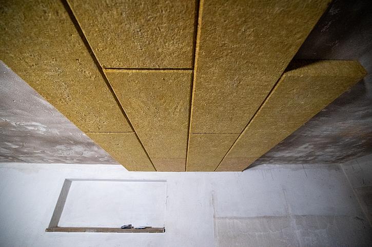 14. Online stavebního deníku nás vezme na exkurzi a ukáže zateplování stropu garáže