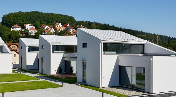 Rodinné bydlení na střeše obchodního centra vzniklo díky lehké ocelové konstrukci Lindab a deskám fermacell