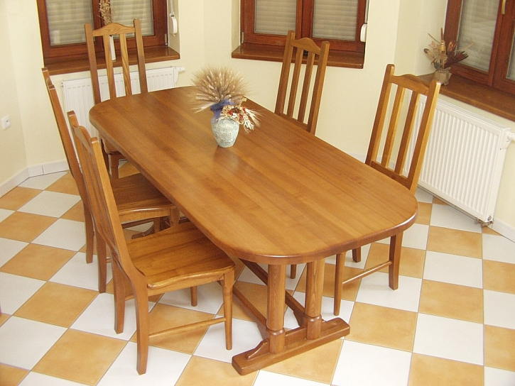 Výběr židlí do jídelny