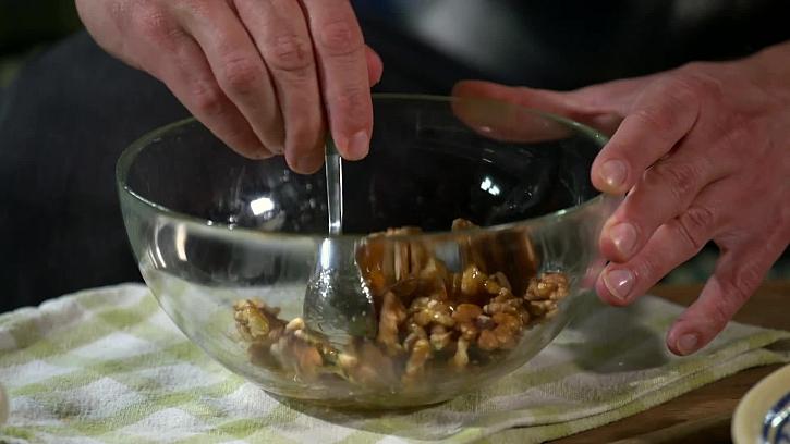 Marináda s ořechy