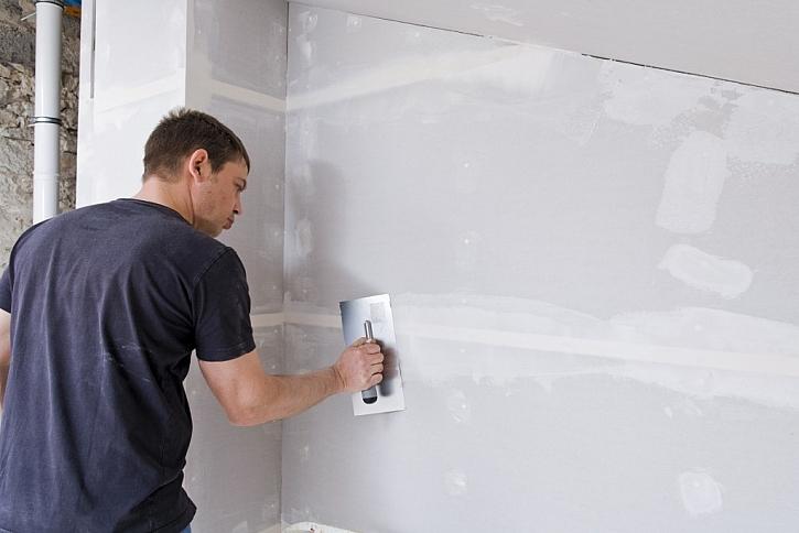 Použití bílé (Knauf White) desky v interiéru na předstěny, podhledy, příčky atd.