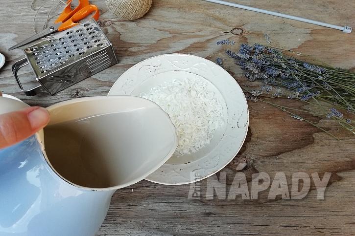 Mýdlová koule s levandulí: přilijte vodu