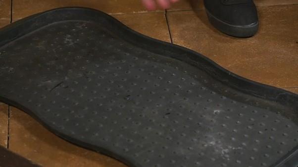 Plastová podložka na boty