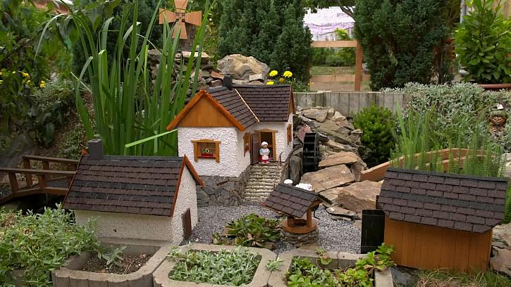 Kutil Martin si postavil na zahradě mlýn