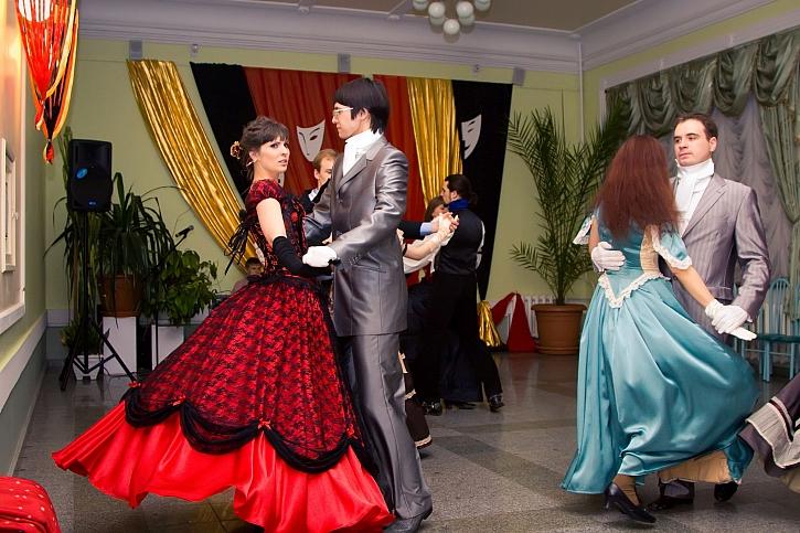 V lednu nám začíná plesová sezóna, připravte se na ni (Zdroj: Depositphotos)