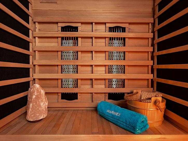 Dřevěný interiér infrasauny
