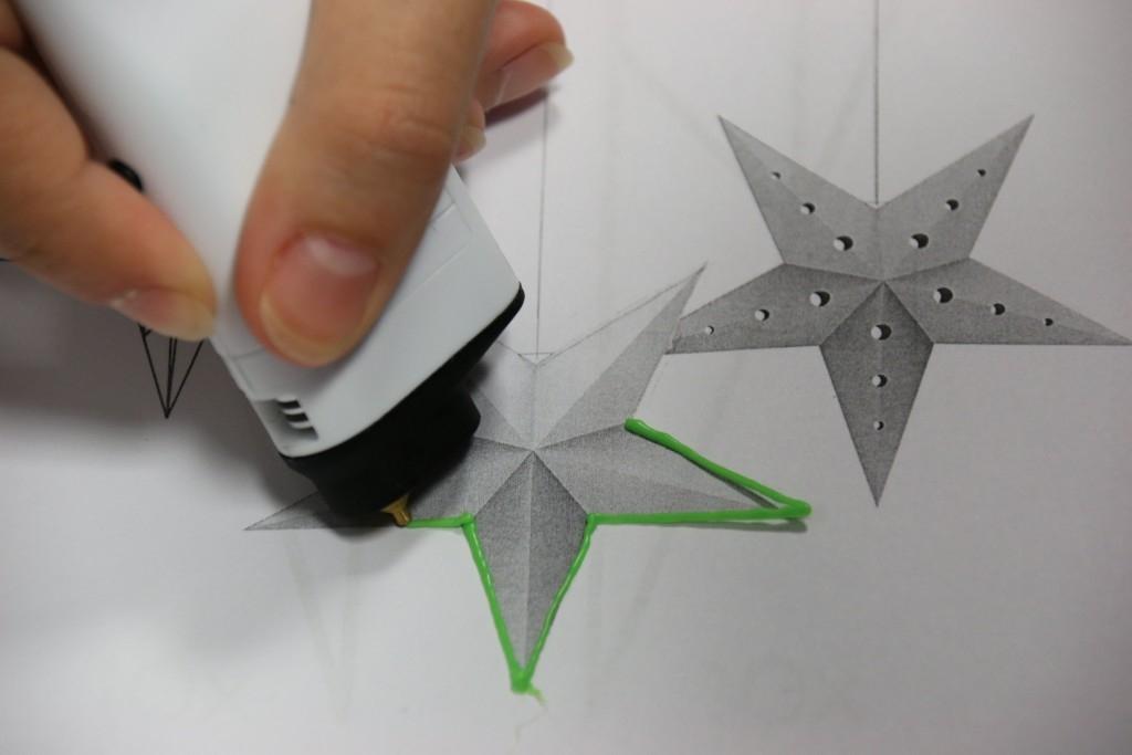 V iQLANDII si můžete vyrobit ozdoby 3D perem