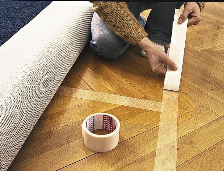 Aby koberec neklouzal…