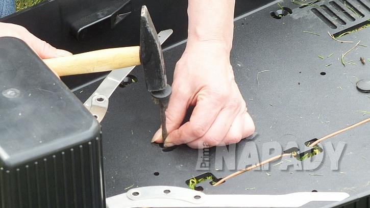 Robotická sekačka: základem pro správný provoz je instalace vodicího kabelu