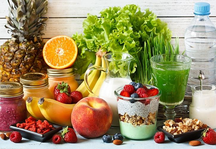 Podzimní očistné kůry pro tělo zahrnují i krátkodobou dietu a úpravu stravy (Zdroj: Depositphotos)