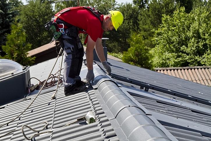 6. Hřeben střechy, okapy a bezpečnostních prvky