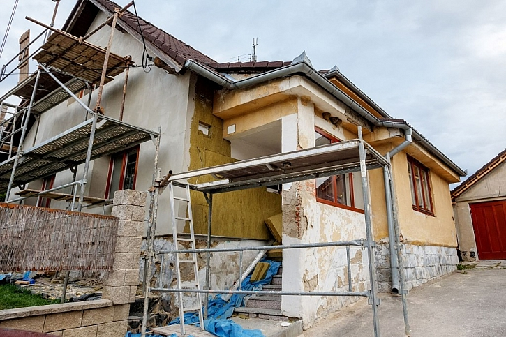 Legislativa - povolení rekonstrukce domu