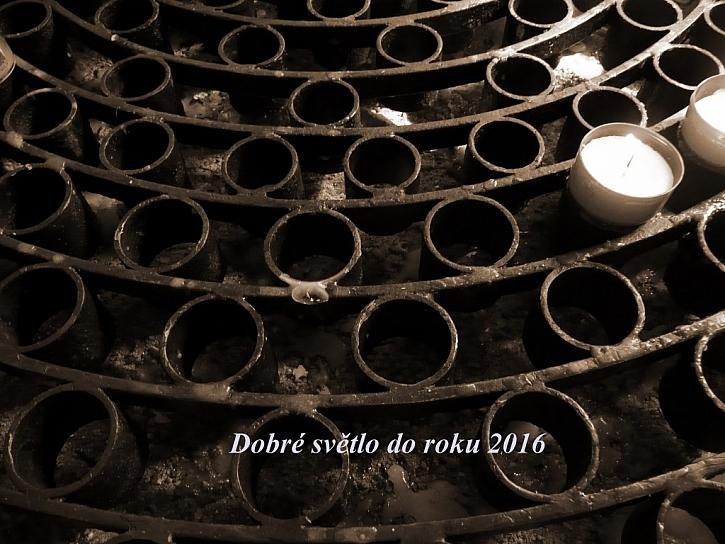 Vše nejlepší do roku 2016 přeje Český Kutil