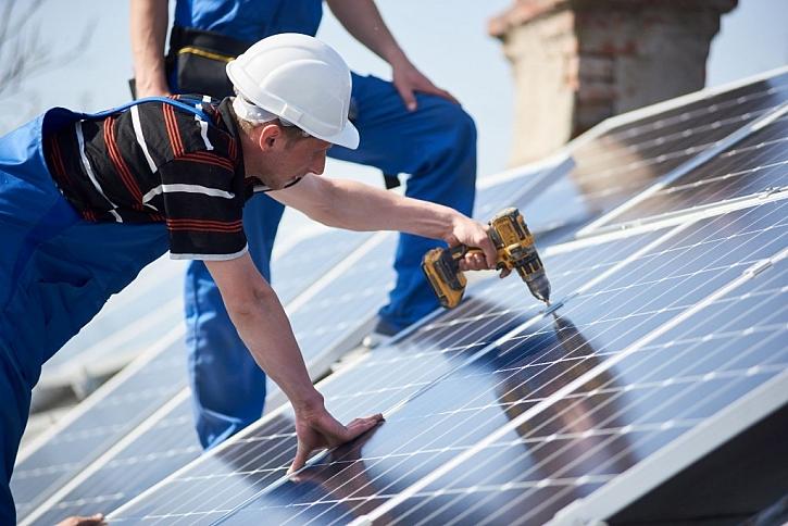 Instalaci solárního panelového systému přenechte dodavateli