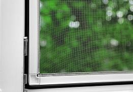 Sítě do oken vyřeší problém s větráním a nechtěným hmyzem