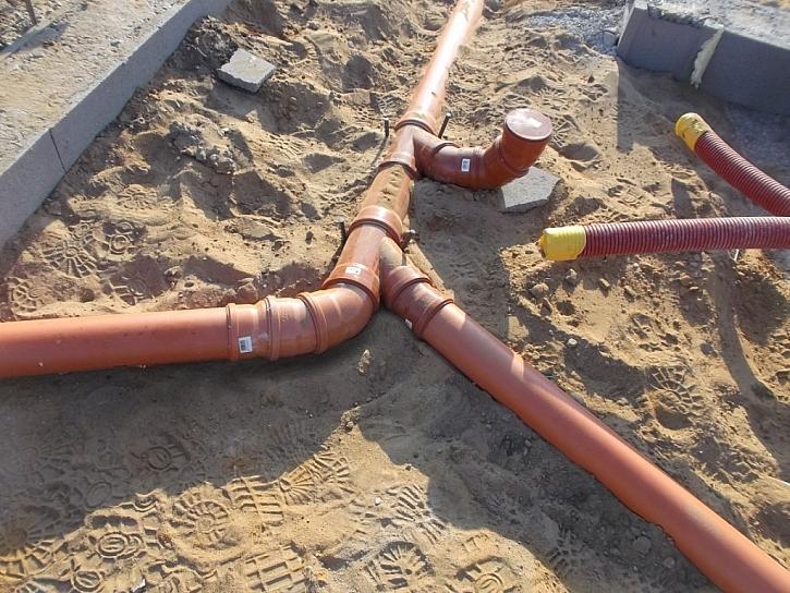 8) Využití vzduchové mezery proti vzlínající vlhkosti