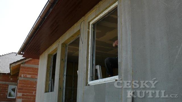 Dřevostavba na vlastní kůži 50. díl - montáž oken