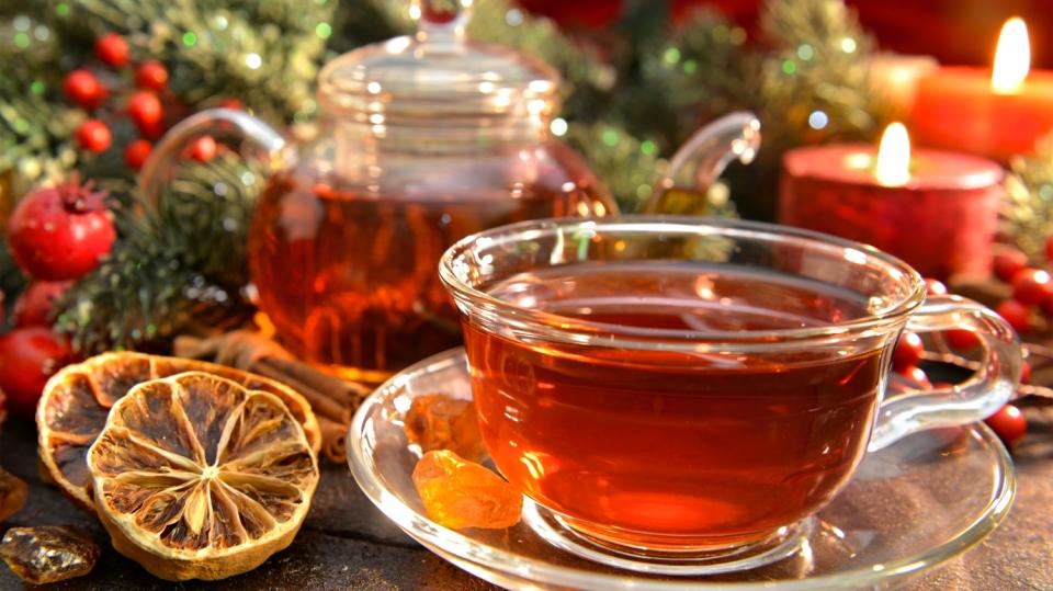 Řekněte dost stresu aneb 7 nejlepších vánočních čajů na pocuchané nervy