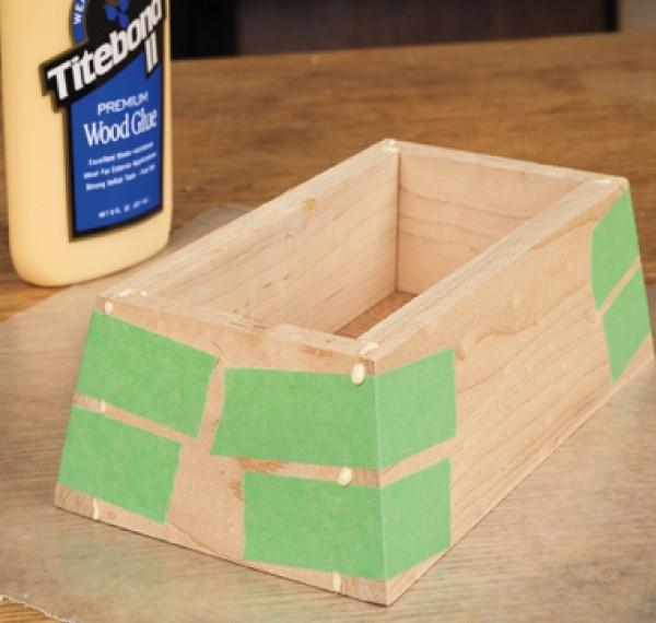 Jednoduchý tip pro lepení malých tvarových nebo zkosených dílců