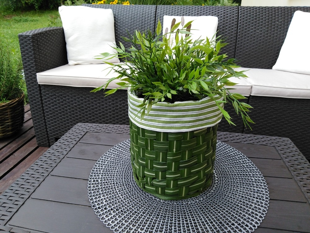 Vyzkoušejte si pletení z trávy a vytvořte si originální dekorace