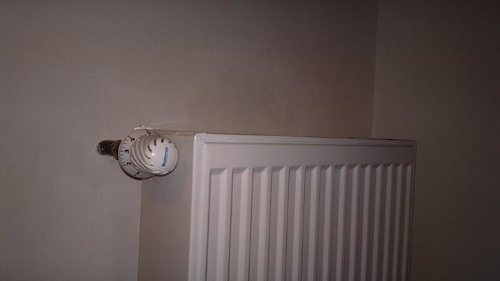 Topná tělesa neosazená termostatickými ventily