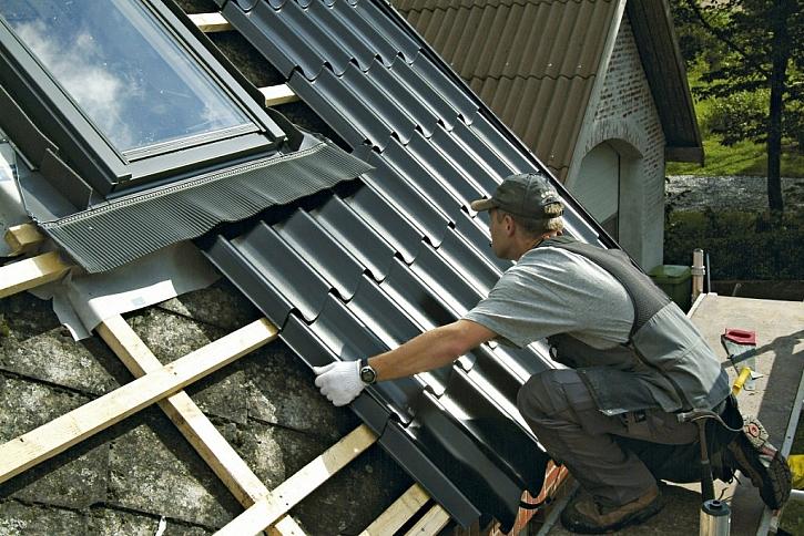 Správná montáž: záruka, že vaše ocelová střecha vydrží spoustu let