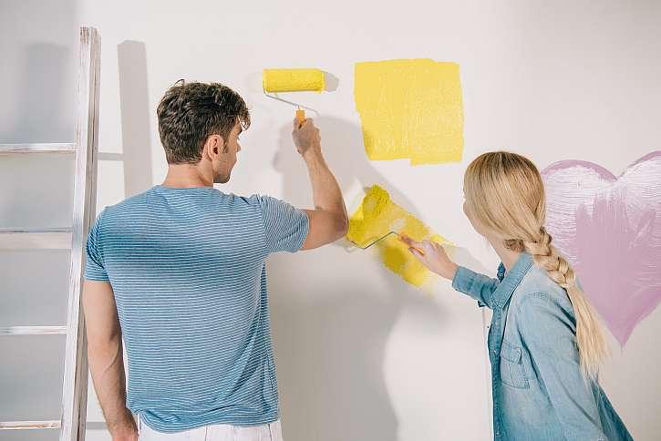 Malování pokojů svépomocí (Zdroj: Depositphotos)