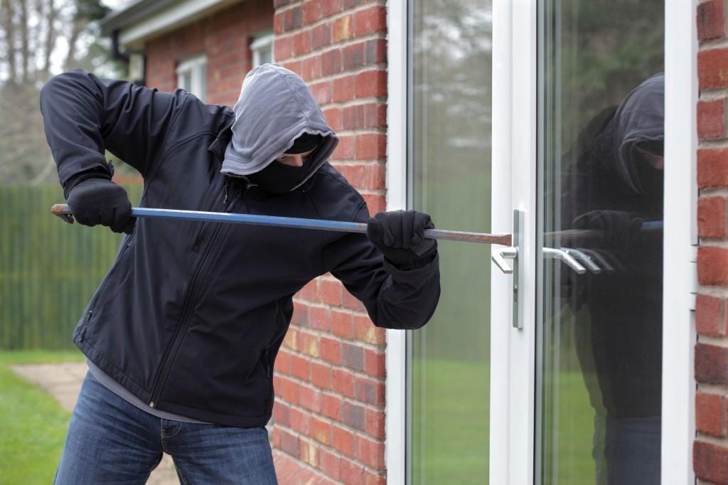 Zabezpečte si okna a dveře proti zlodějům