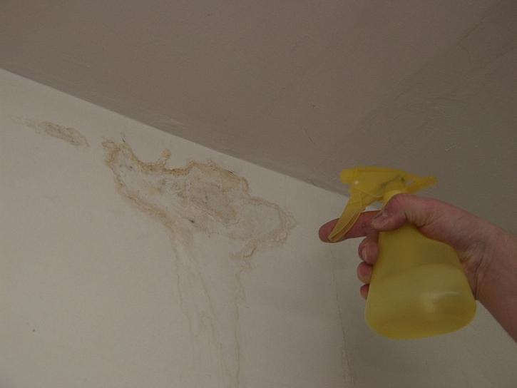 Pomůcky pro malování bytu