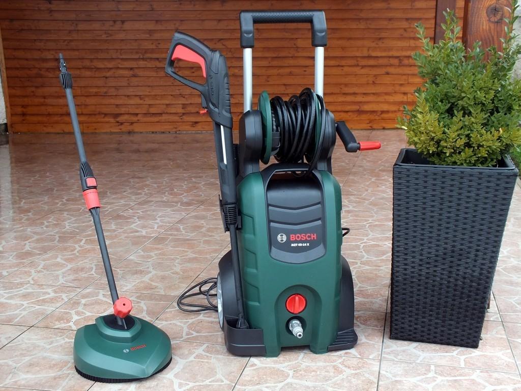 Myčka Bosch AQT 45-14X pomocník pro dům i zahradu