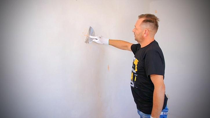 Škrábání zdi