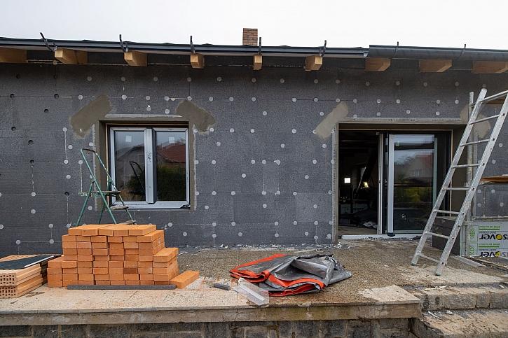 9. díl Online stavebního deníku se podívá na instalaci fotovoltaiky