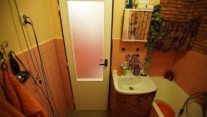 Úložný prostor v původní koupelně byl malý