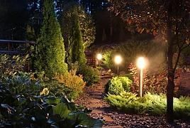 Zútulněte zahradu vhodným osvětlením