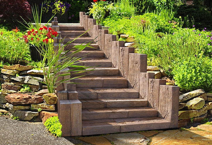 Technologie výroby Linie dřeva schodů a palisád