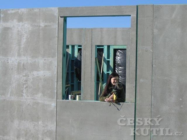 Dřevostavba na vlastní kůži 17. díl - hotové obvodové zdi