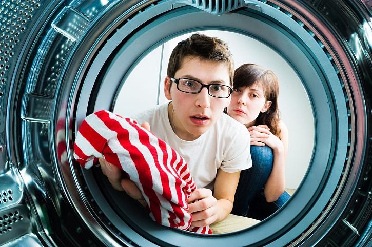 Víte, jak máte důkladně vyčistit pračku a sušičku, aby bylo prádlo čisté? (Zdroj: Depositphotos)