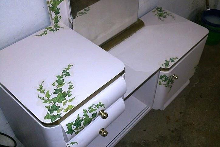 Originální úprava toaletního stolku