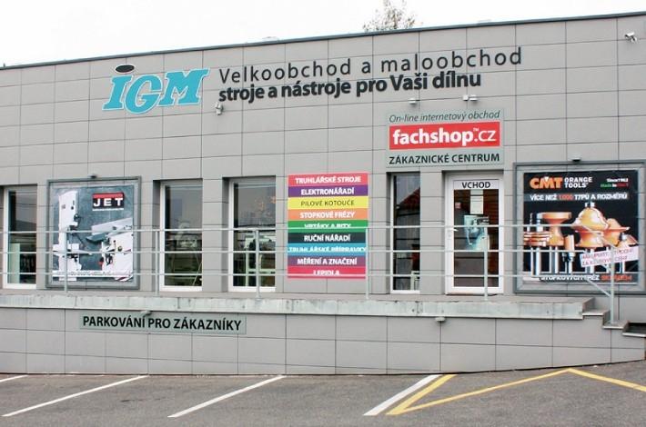 IGM Prodejní a testovací centrum TUCHOMĚŘICE (PRAHA – ZÁPAD)