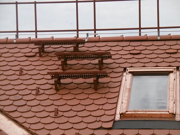 Jak postupovat při montáži stoupací plošiny na střechu? (Zdroj: HPI-CZ)