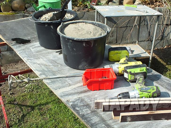 materiál na výrobu dlažby