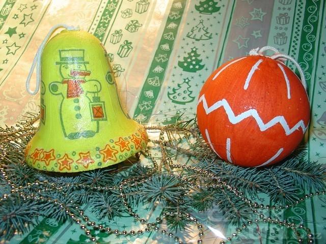 Vánoční ozdoby z polystyrenu