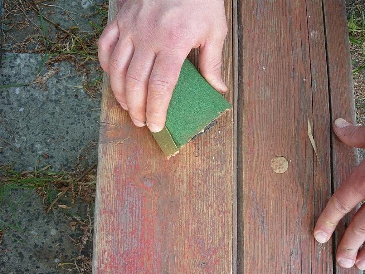 Renovace dřevěné lavičky