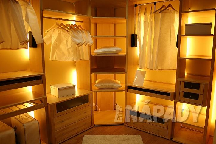 Osvětlení vestavěné skříně-1