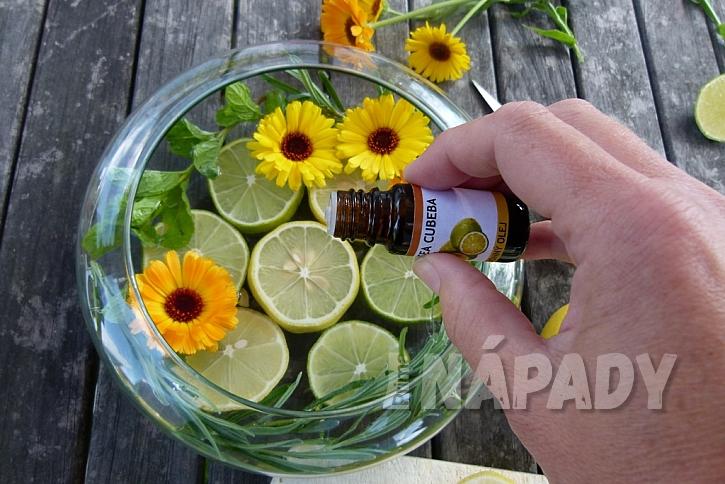Dekorační miska s citrusy: přikápněte olej