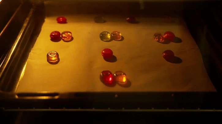 Bonbony na plechu