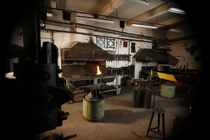 Kovářova dílna neboli kovárna