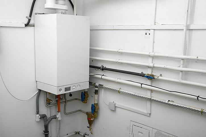 Kombinovaný plynový kotel pro topení i ohřev vody