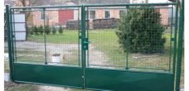 Drátěné pletivo a brána