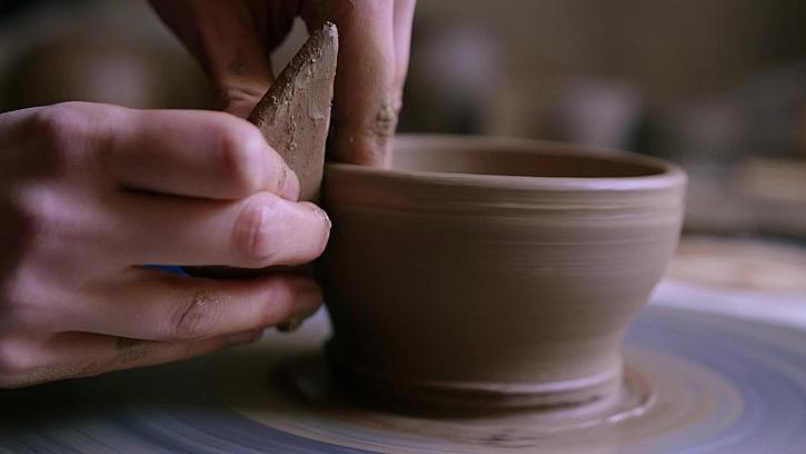 4. díl - Karolína Bathory - umělecká keramička - TV verze